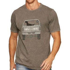 NWT Realtree Retriever Graphic T-shirt